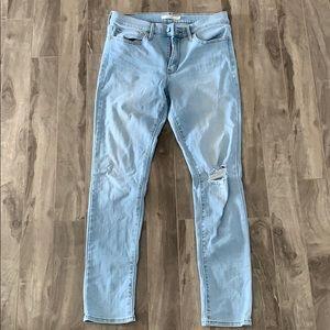 Levi's Slimming Skinny Light Denim Jeans